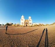 Misión San Xavier del Bac en Tucson, Arizona imágenes de archivo libres de regalías