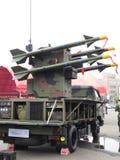 Misiles de la defensa aérea de la espada del coche foto de archivo