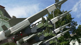 Misiles para la defensa contra ataques del aire almacen de metraje de vídeo