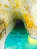 Miskolc, Hungria - 3 de janeiro de 2016: Cave com água térmica - TERMAS naturais em Hungria em Miskolc Foto de Stock Royalty Free