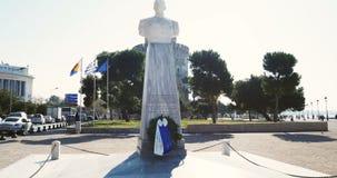 Mislukking van Admiraal Nikolaos Votsi en Witte Toren Thessaloniki erachter stock footage
