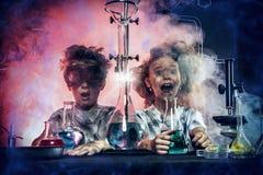 mislyckat chemical experiment royaltyfria bilder