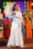 Miss guadeloupe som slitage den nationella dräkten Royaltyfria Bilder