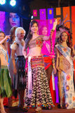 Miss india med den nationella dräkten Arkivfoton