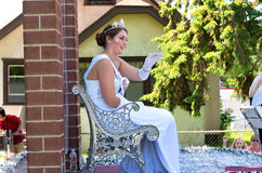 Miss South St Paul Waves Royalty Free Stock Photography