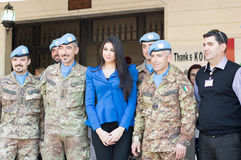 Missi Lebanon en 2013 avec les soldats d'UNIFIL Photo stock