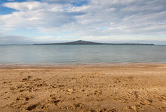 Mission bay view with Rangitoto island background, Auckland, New Stock Photography