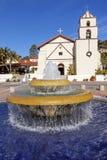 Missione messicana San Buenaventura Ventura California della fontana delle mattonelle Immagine Stock Libera da Diritti