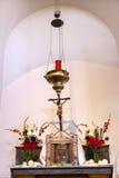 Missione San Luis Obispo de Tolosa California dell'altare del supporto di incenso Fotografie Stock Libere da Diritti