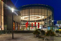 Mississauga, Canada, il 14 febbraio 2019: Il centro commerciale del quadrato uno situato in Mississauga, Ontario, Canada Il terzo immagini stock