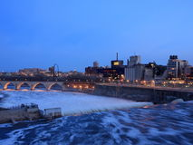 Mississippi river in downtown Minneapolis at dusk royalty free stock photos
