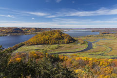 Mississippi River i höst Royaltyfri Fotografi