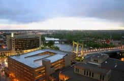 Mississippi River i Minneapolis royaltyfria bilder