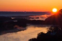 Mississippi River på gryning Arkivfoto