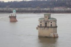 Mississippi River som pumpar stationen Arkivbilder