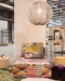 Missoni soffa på skärm på HOMI, internationell show för hem i Milan, Italien Royaltyfri Foto