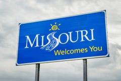 Missouri heet u welkom kant van de wegteken Stock Afbeeldingen