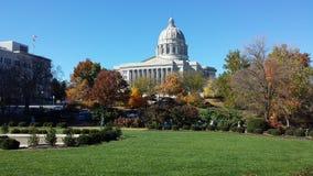 Missouri-Kapitol im Fall lizenzfreies stockfoto