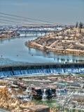 Missouri River till och med Great Falls Royaltyfri Bild