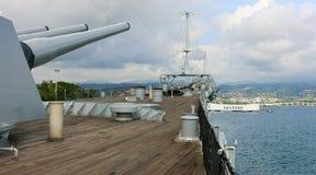 Missouri y Arizona en el Pearl Harbor, Hawaii imagenes de archivo