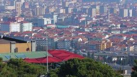 Mist över skyskrapor och hus i Istanbul Turkiet, stads- ekologisk katastrof lager videofilmer