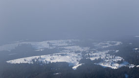 Mist boven de vallei Royalty-vrije Stock Fotografie