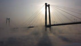 Mist en mist op rivier stock videobeelden