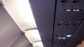Mist från luftkonditioneringsapparaten i flygplanet arkivfilmer