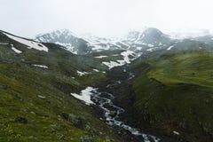 Mist och snö Arkivbild