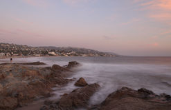 Mist over rocks in Laguna Beach Royalty Free Stock Photos