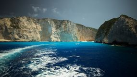 Mistero del naufragio acqua sulla spiaggia di Navagio Fotografie Stock Libere da Diritti