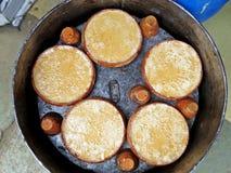 Misti doi,被发酵的甜酸奶,博格拉,孟加拉国 免版税库存照片