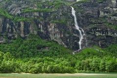 mistic водопад стоковое изображение