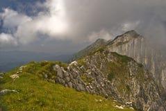 Mistige bergen Stock Foto