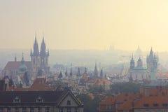 Mistige ochtend in Praag Royalty-vrije Stock Fotografie