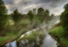 Mistige rivieren van Rusland Royalty-vrije Stock Foto's