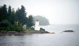 Mistige Voorwaarden binnen de Canadese Grond van de Passagevuurtoren royalty-vrije stock foto's