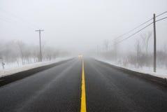 Mistige Weg stock fotografie
