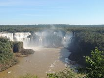 MistIguazu Falls landskap Royaltyfri Fotografi