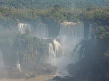 MistIguazu Falls landskap Royaltyfri Foto
