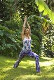mistrzu jogi kobiety. zdjęcia royalty free