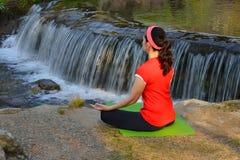 mistrzu jogi kobiety zdjęcie stock