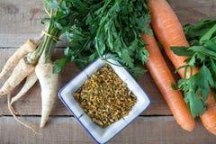 Mistura caseiro do legume fresco - mistura da especiaria foto de stock