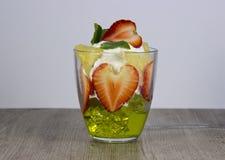 Mistura de fruto fresco e de bagas foto de stock royalty free