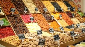 Mistura de frutos secos no mercado filme
