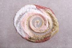 Mistura de tipos diferentes de sal, rodados Fotos de Stock Royalty Free