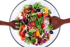 Mistura fresca da salada na bacia Fotos de Stock