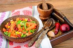 Mistura mexicana de vegetais Tomates, feijões, raiz de aipo, B verde Fotos de Stock