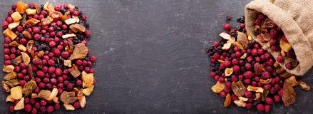 Misturado de frutos secados, vista superior Fotografia de Stock Royalty Free