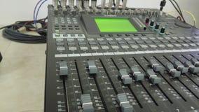 Misturador audio, e vídeo dos botões 4k video estoque